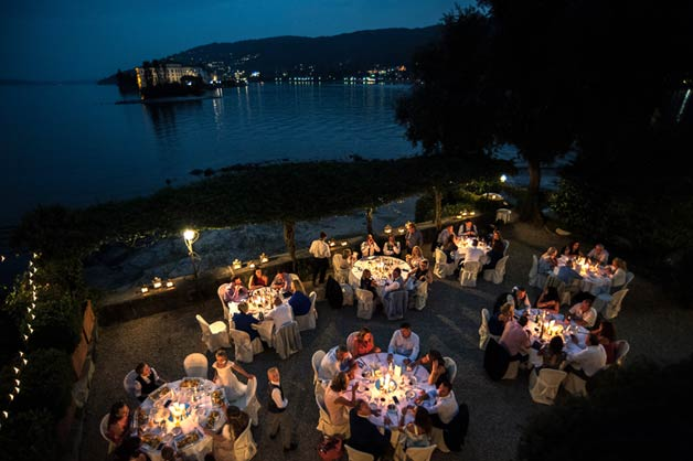 Outdoor reception on Pescatori Island