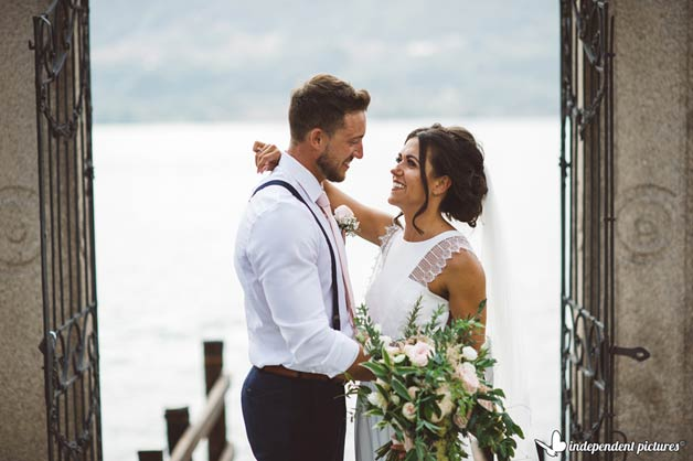 Outdoor Wedding Ceremony by the Shores