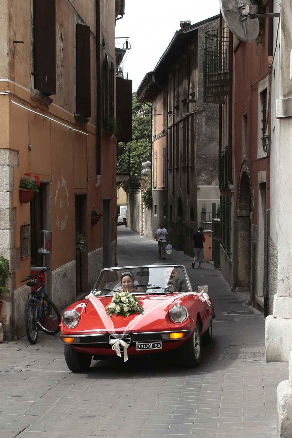 Slow Drive vintage car rental Italy