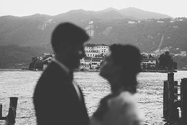 intimate Rock and Roll Wedding on Lake Orta