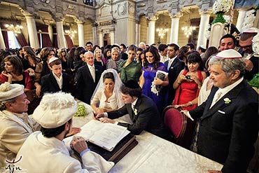 Jewish Wedding in Rome Synagogue