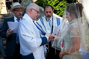 An Elegant Jewish Wedding On The Hills Over Lake Garda