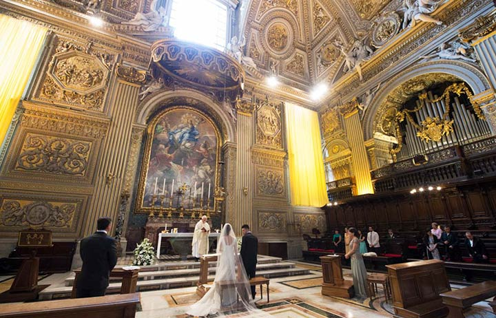 wedding at Saint Peter's basilica in Rome