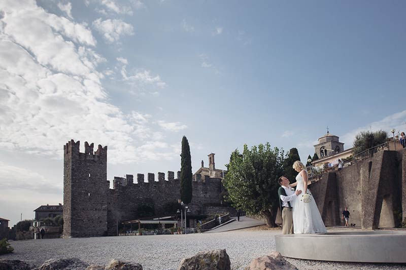 AN INTIMATE ELOPE IN SIRMIONE Lake Garda