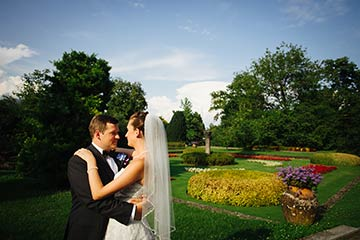 wedding photo session at Villa Taranto