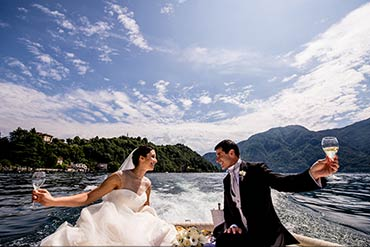 intimate wedding on lake Como