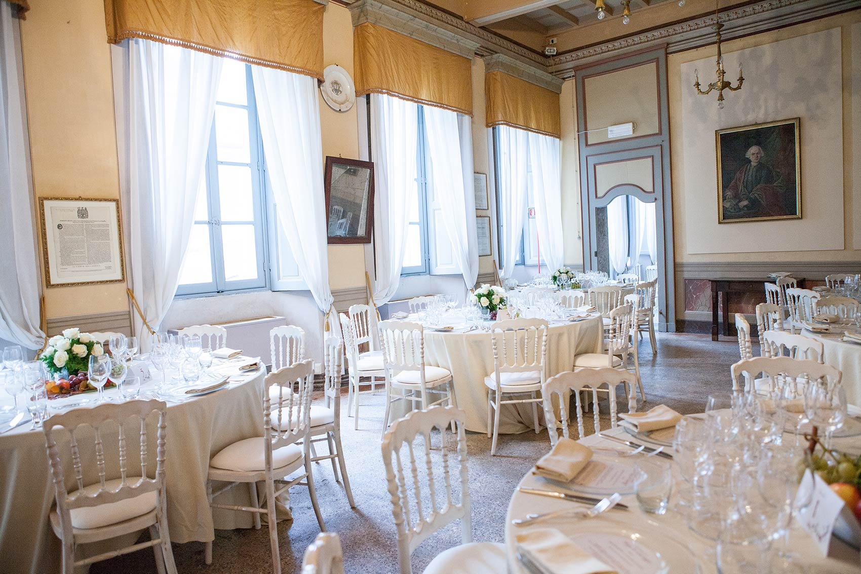 wedding party at Palazzo Penotti Ubertini Lake Orta