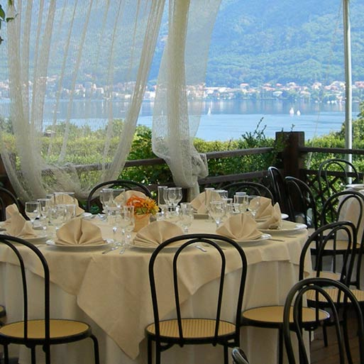 restaurant La Tavernella Wedding reception overlooking Lake Orta